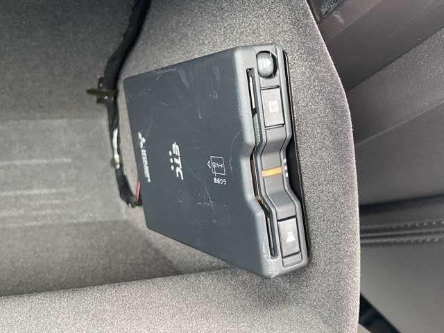XD エクスクルーシブモード 禁煙車 ワンオーナー 茶内装 ベンチレーション BOSEサウンド ナビ ETC 360度カメラ G-ベクタリングコントロール 1・2列目シートヒーター 6人乗り仕様 電動リアゲート(10枚目)