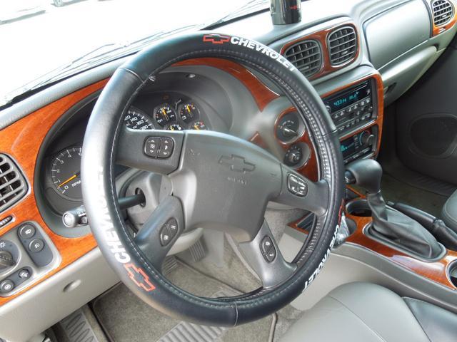 シボレー シボレー トレイルブレイザー LTZ 4WD ディーラー車 左ハンドル 社外22AW