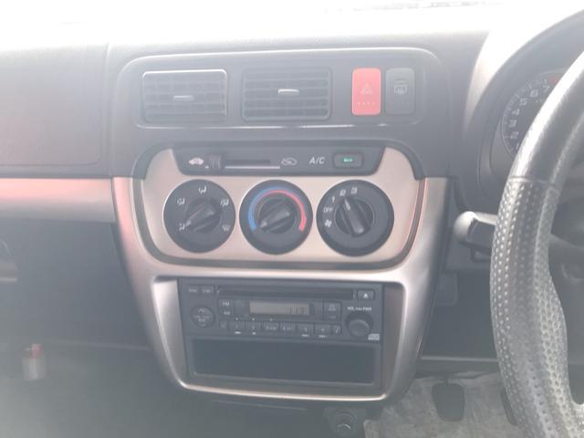 M 4WD オーディオ付 キーレス MT 4名乗り フル装備(11枚目)