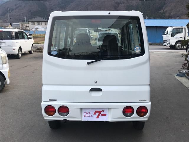 CD 4WD 5MT エアコン パワステ スタッドレス付き(6枚目)