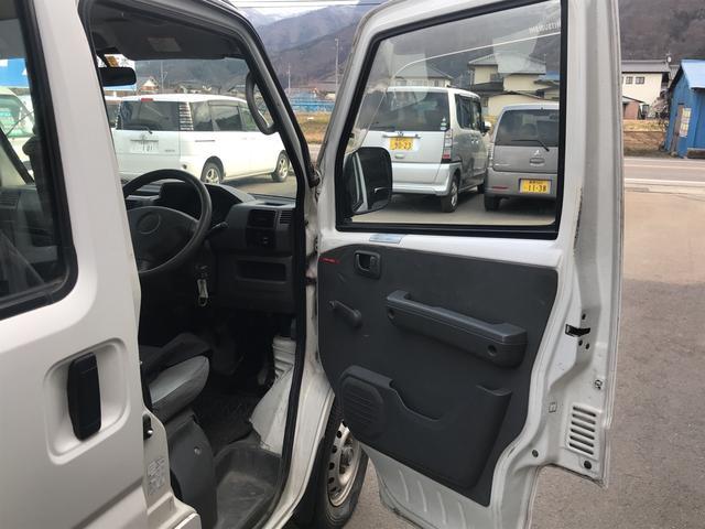 CD 4WD 5MT エアコン パワステ スタッドレス付き(11枚目)