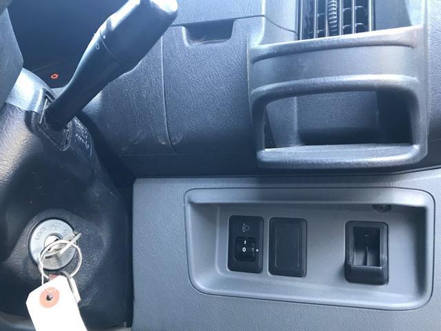 4WD 5速マニュアル エアコンパワステ エアバッグ(9枚目)