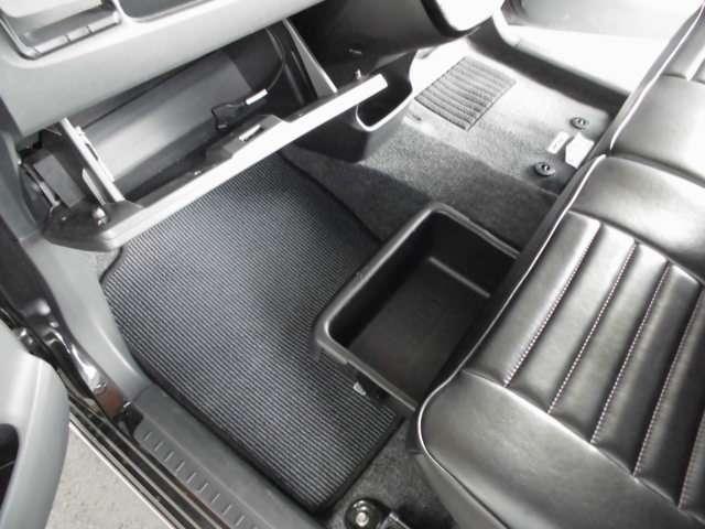 660 カスタム RS ターボ ナビTV ETCmomoステ(11枚目)