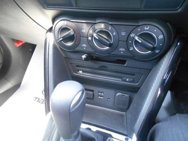1.3 13S 4WD ナビ ETC(6枚目)