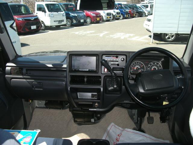 ディアス スーパーチャージャー 4WD(8枚目)