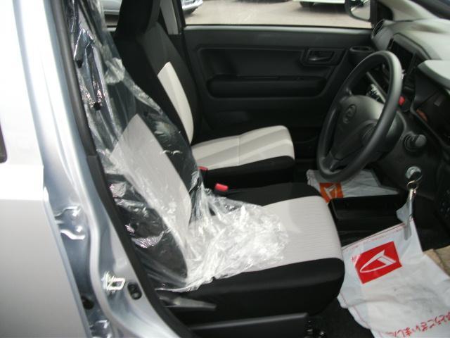 運転席/助手席周り