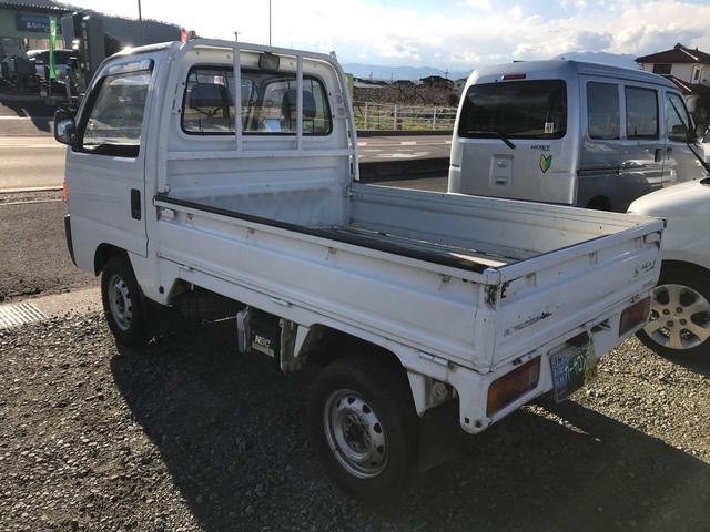 4WD 5速マニュアル 作業灯(6枚目)