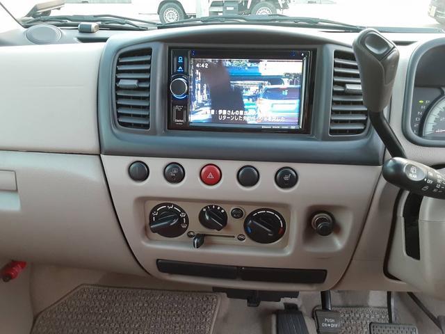C 4WD ナビ フルセグTV キーレスキー コラムオートマ Wエアバッグ シートヒーター(7枚目)