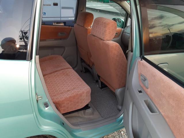 C 4WD ナビ フルセグTV キーレスキー コラムオートマ Wエアバッグ シートヒーター(8枚目)