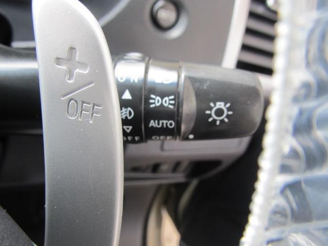 2.4G 4WD 7人乗り ナビ バックカメラ(12枚目)