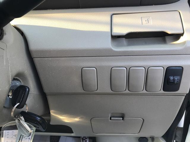 カスタムターボR 4WD キーレス CDデッキオートエアコン(9枚目)