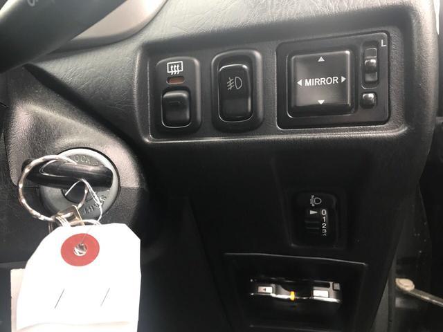 カスタムL 4WD 5速MT ナビTV ETC キーレス(9枚目)