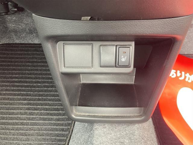 F 4WD 5AGS 衝突軽減ブレーキ キーレス シートヒーター CDデッキ 横滑防止装置(7枚目)