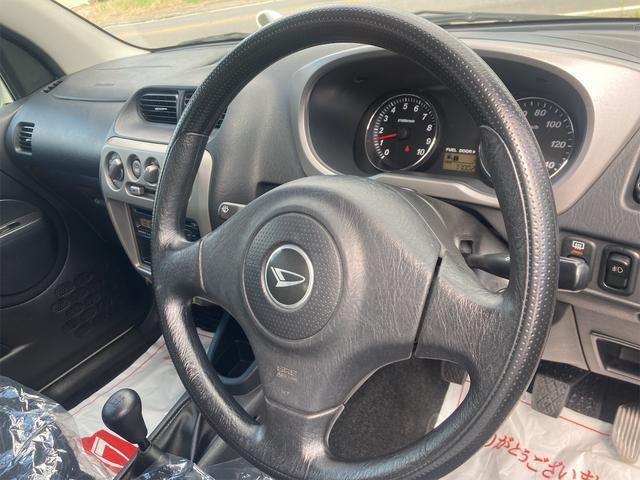 カスタムL 4WD ターボ 5速MT CD キーレスエントリー 電動格納ミラー アルミホイール エアコン パワーステアリング パワーウィンドウ 運転席エアバッグ(5枚目)