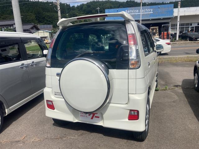 カスタムL 4WD ターボ 5速MT CD キーレスエントリー 電動格納ミラー アルミホイール エアコン パワーステアリング パワーウィンドウ 運転席エアバッグ(15枚目)