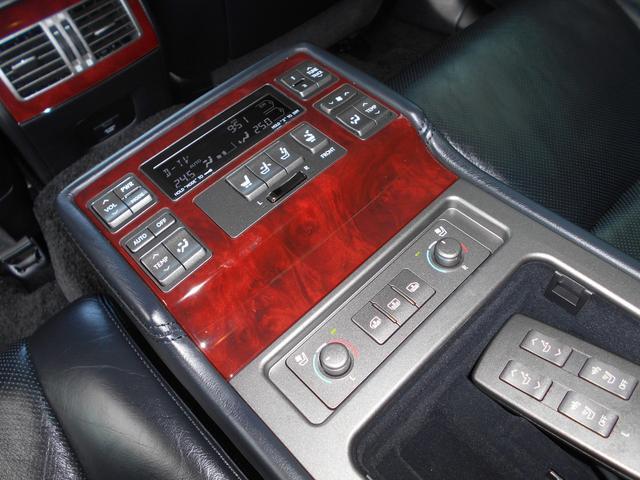 LS600h バージョンU 4WD 黒革 マルチ(16枚目)