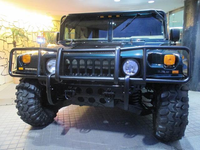 1996年モデル、HUMMERH1とてもレアなスラントバックスタイルの入庫で御座います!