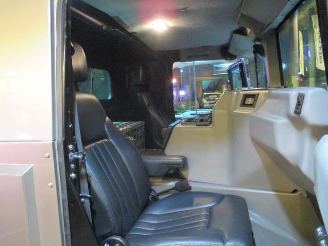 助手席からの眺めは高い視界で優雅なドライブをお楽しみ頂けます!