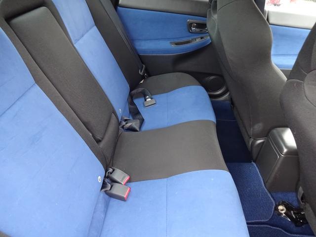 WRX STi 6MT ターボ 4WD HDDナビ 車庫調(8枚目)