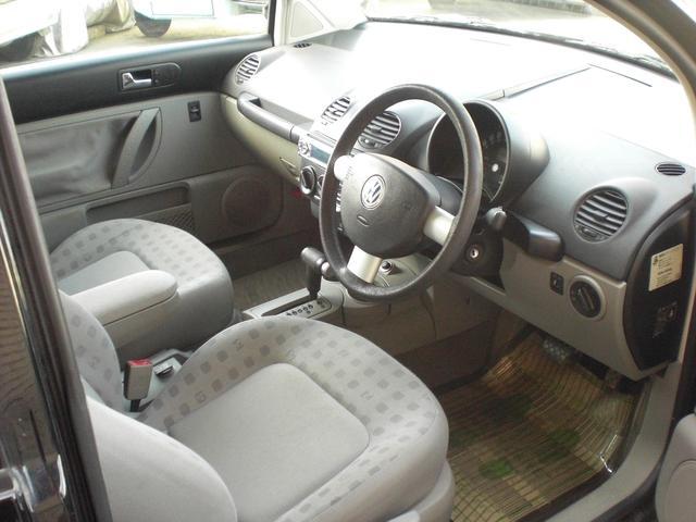 フォルクスワーゲン VW ニュービートル ベースグレード ディーラー車 記録簿 CD
