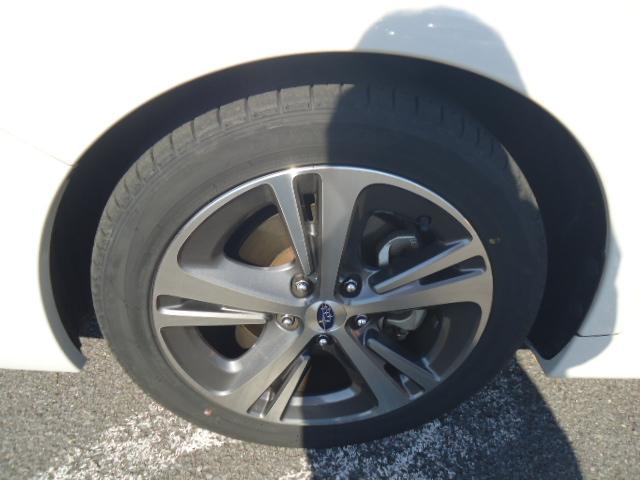 1.6GTアイサイト 4WD ワンオーナー 社外ナビ(6枚目)