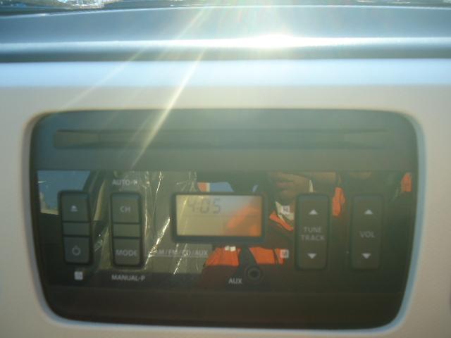 GL 4WD 純正CDステレオ アイドリングストップ(9枚目)