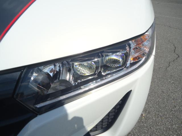 α センターディスプレイ LEDヘッドライト ハーフレザー(3枚目)