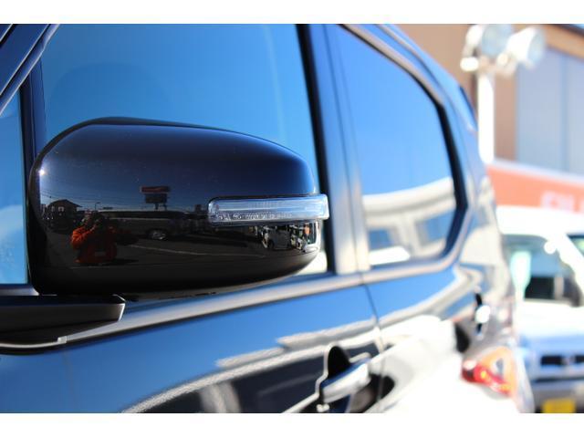 M 届出済未使用車 4WD ハイブリッド LEDヘッドライト アイドリングストップ スマートキー 衝突被害軽減ブレーキクリアランスソナー ステアリングオーディオコントロール シートヒーター(11枚目)