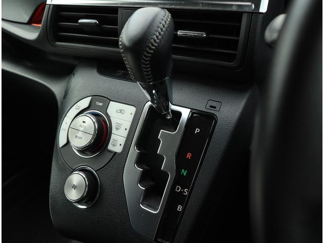 G 4WD 両側電動スライドドア 純正ナビ&フルセグTV トヨタセーフティセンス(8枚目)