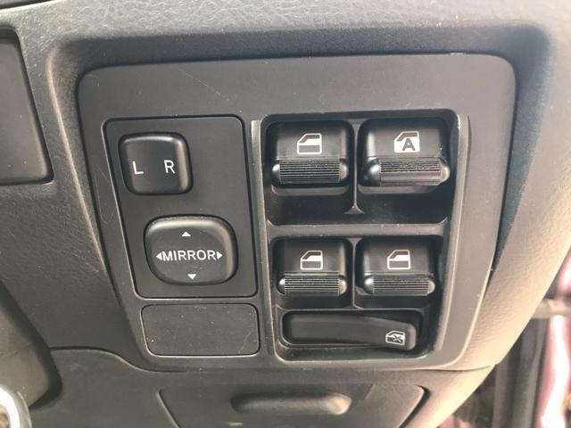X 4WD キーレス momoウッドコンビステアリング CD(5枚目)