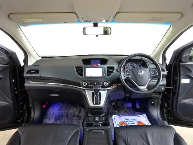 24GレザーPKG 4WD インターナビBカメラ Pスタート(9枚目)