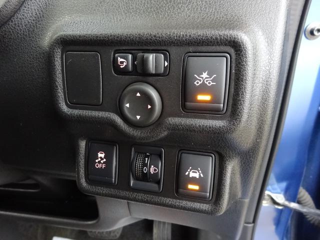 X FOURV-SLC+セーフティ 4WD エマブレ ナビ(2枚目)