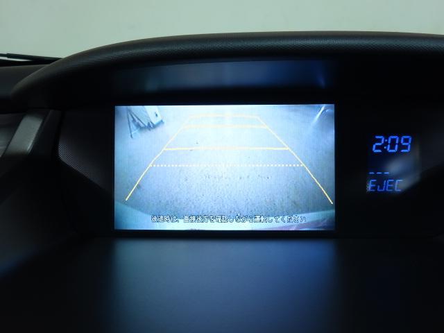 アブソルート 4WD インターナビ Bカメラ スマートキー(3枚目)