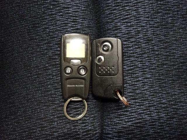 アブソルート 4WD インターナビ Bカメラ スマートキー(4枚目)
