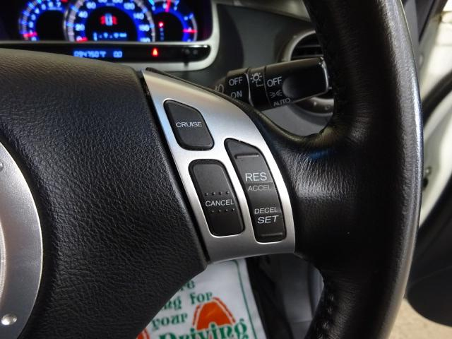 アブソルート 4WD インターナビ Bカメラ スマートキー(5枚目)