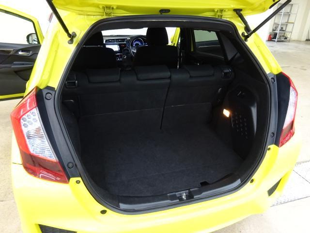 Sパッケージ 4WD シティブレーキA ナビTV LED(16枚目)