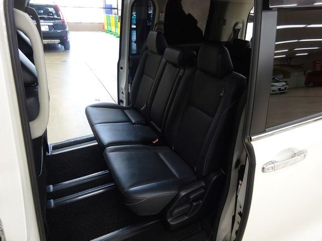 Gi 4WD 1オーナー ナビTV 両側自動ドア LED(14枚目)
