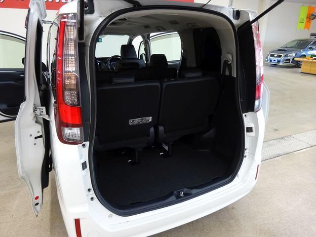 Gi 4WD 1オーナー ナビTV 両側自動ドア LED(16枚目)