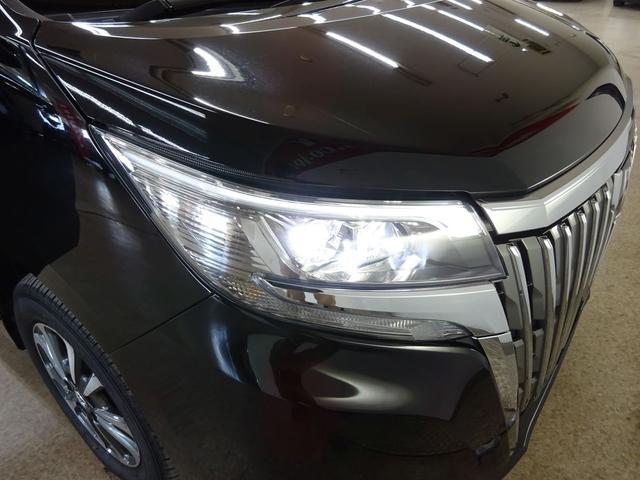 Xi フルタイム4WD トヨタセーフティセンス プリクラッシュブレーキ 車線逸脱警報 オートハイビーム LEDヘッドライト 純正SDナビ バックガイドカメラ TV 両側パワースライドドア ビルトインETC(4枚目)
