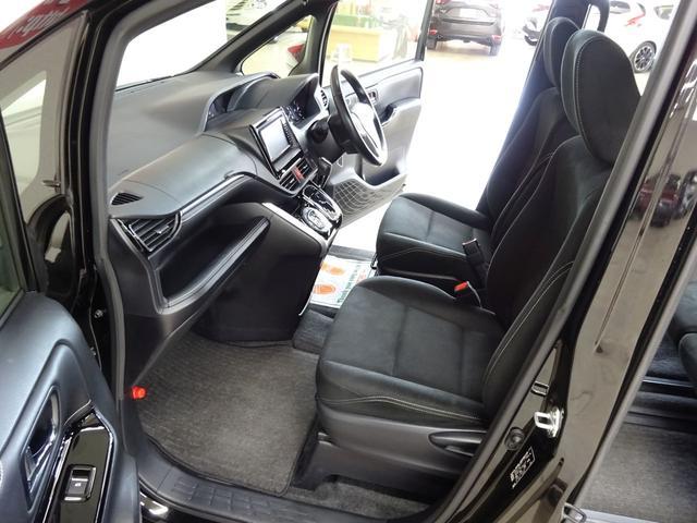 Xi フルタイム4WD トヨタセーフティセンス プリクラッシュブレーキ 車線逸脱警報 オートハイビーム LEDヘッドライト 純正SDナビ バックガイドカメラ TV 両側パワースライドドア ビルトインETC(12枚目)