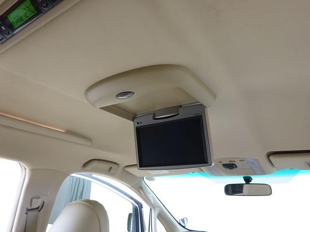 X フルタイム4WD E-Four ワンオーナー 純正HDDナビ 純正フリップダウンモニター TV DVD 両側パワースライドドア スマートキー ビルトインETC HIDヘッドライト バックガイドカメラ(4枚目)