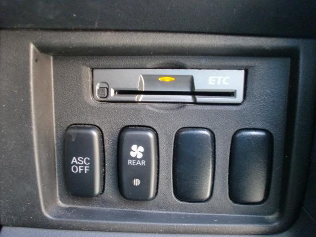 三菱 デリカD:5 ローデスト GパワーP4WD
