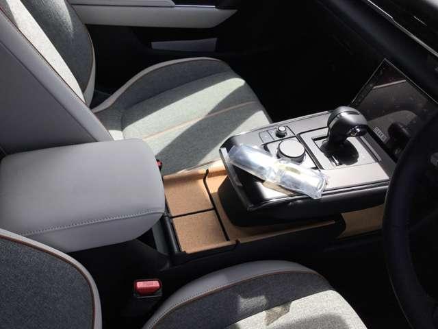 2.0 4WD モダンコンフィデンス ナビ ETC AWD搭載(8枚目)