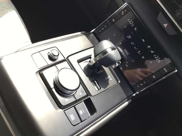2.0 4WD モダンコンフィデンス ナビ ETC AWD搭載(9枚目)