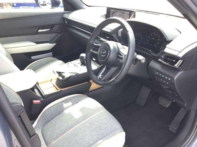 2.0 4WD モダンコンフィデンス ナビ ETC AWD搭載(10枚目)