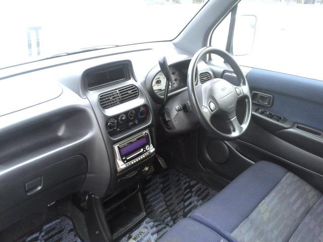 ダイハツ ムーヴ カスタム 4WD