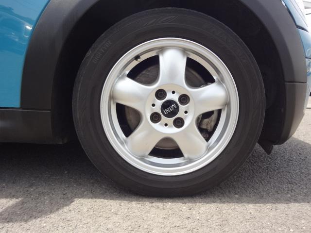 ワン ディーラー車 右ハンドル プッシュスタート CD ETC 15インチアルミ ホワイトルーフ(21枚目)