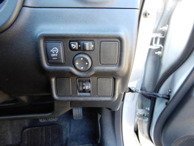 X  2WD スマートキー プッシュスタート ナビ付き(17枚目)