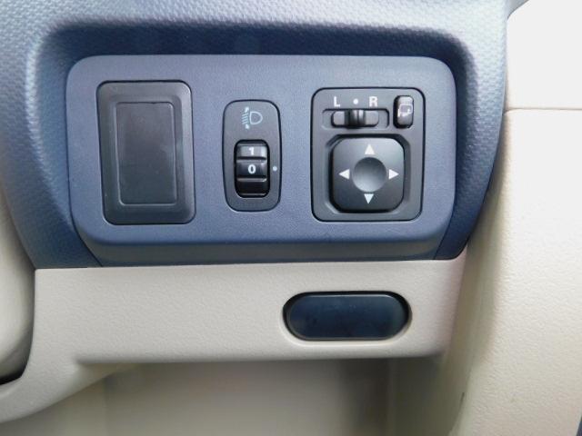 S AUX端子付CDステレオ ABS 5速MT(13枚目)