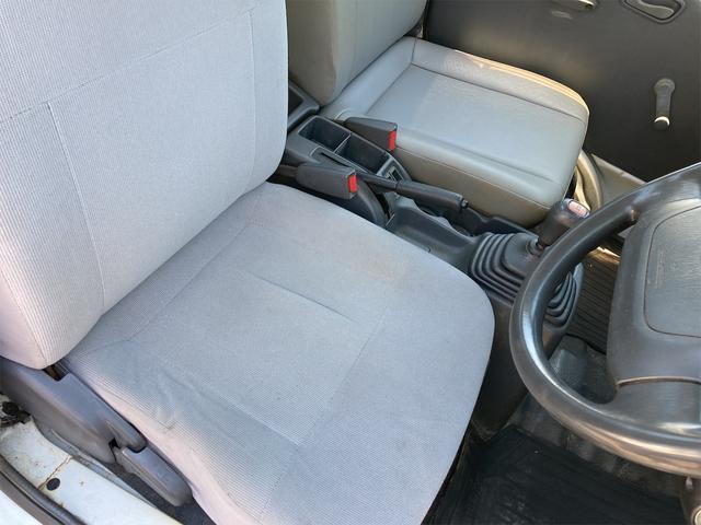 TC プロフェッショナル 4WD 5速マニュアル エアコン パワーステアリング 三方開 走行距離64716キロ 保証付き 運転席エアバッグ ヘッドライトレベライザー ドアバイザー 車検2022年2月まで(35枚目)